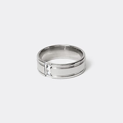 Silver colour crystal band ring