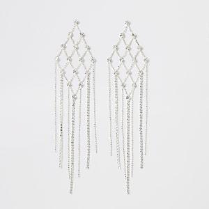 Zilverkleurige driehoekige oorbellen met siersteentjes