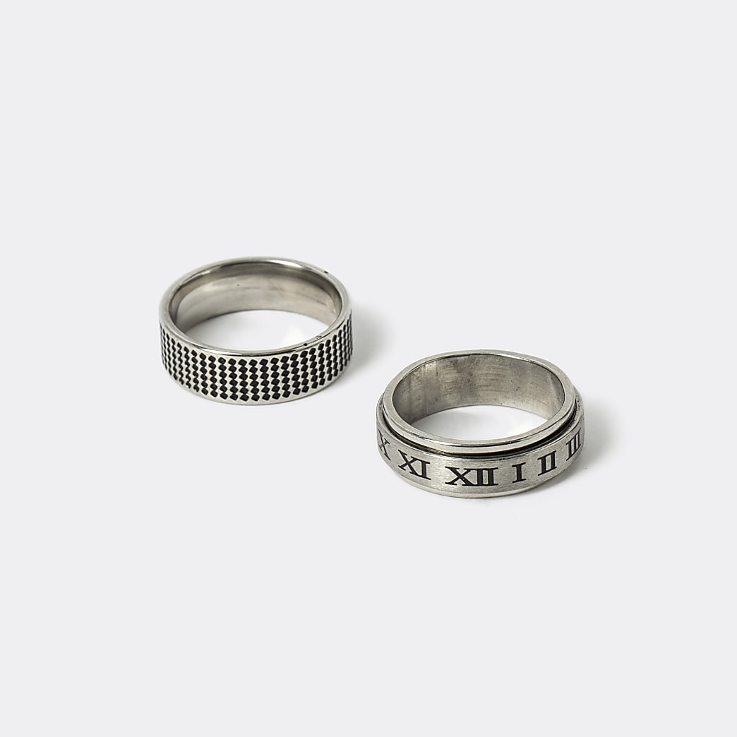 Silver colour embossed rings 2 pack