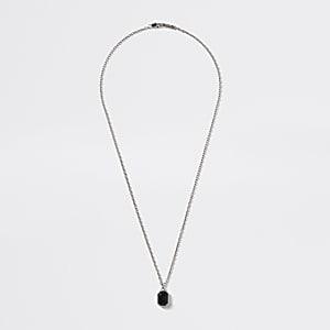Zilverkleurige ketting met juweelhanger