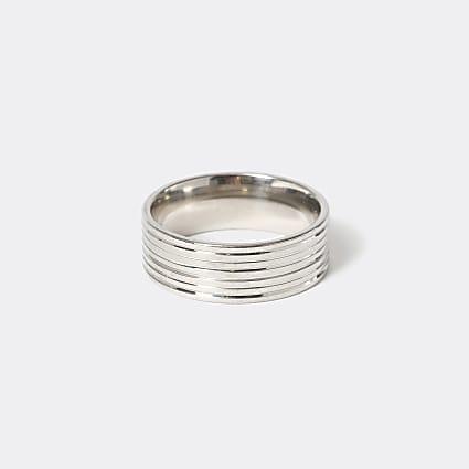 Silver colour ridged ring
