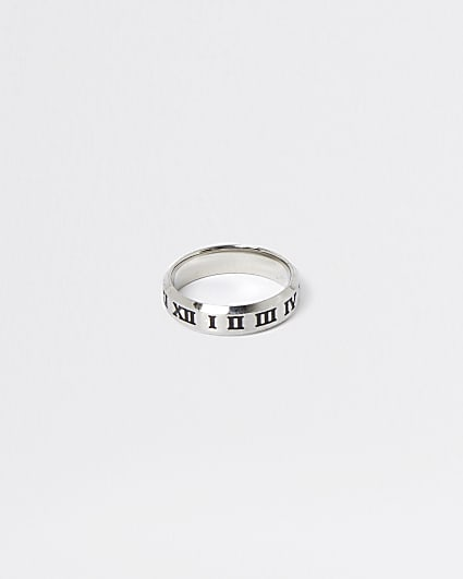 Silver engraved roman numerals ring