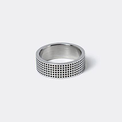 Silver engraved steel band ring