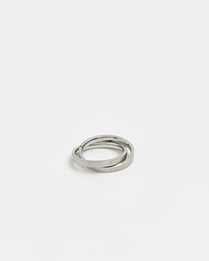 Silver interlocked band ring