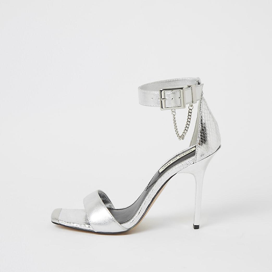 Zilverkleurige minimalistische metallic sandalen met hak