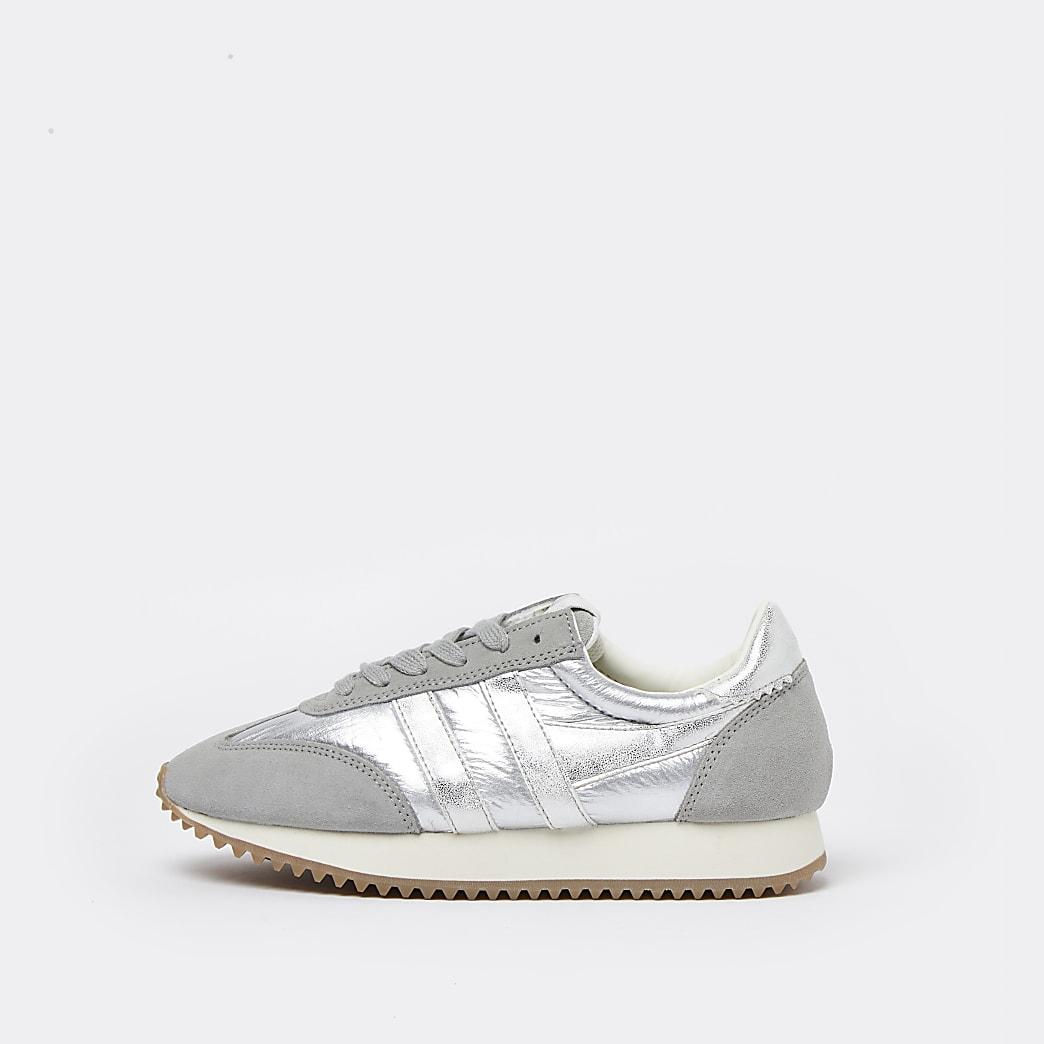 Silver metallic runner trainers