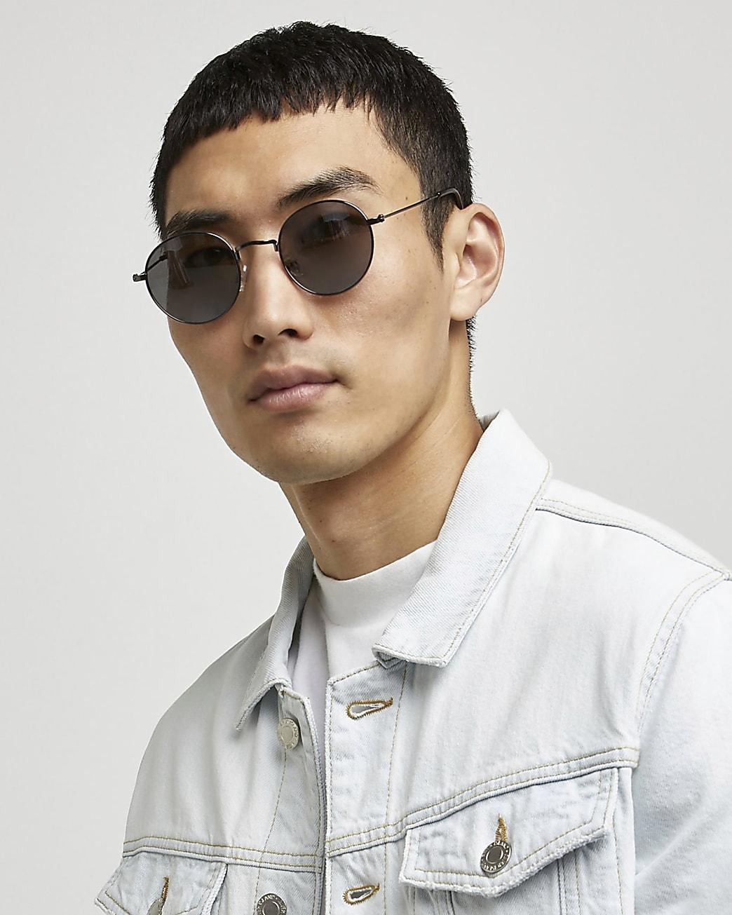 Silver mirrored round sunglasses