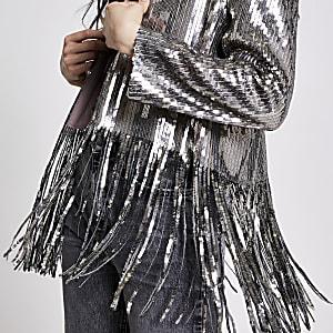 Kurz geschnittene Kimono-Jacke in Silber mit Pailletten und Fransen