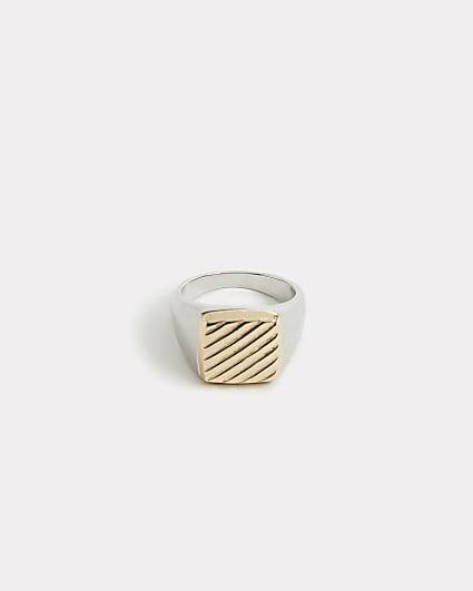 Silver square stripe engraved signet ring