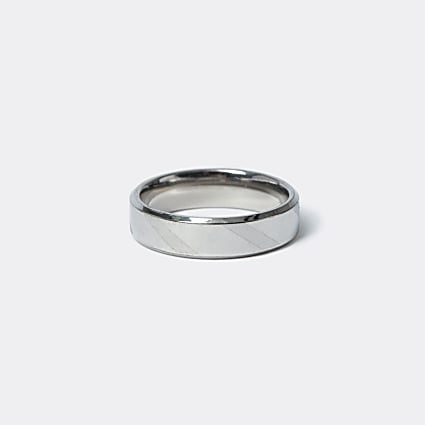 Silver stainless steel striped ring