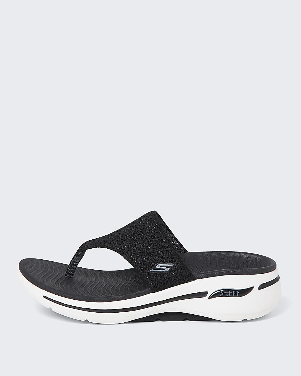 Skechers black flip flop trainers