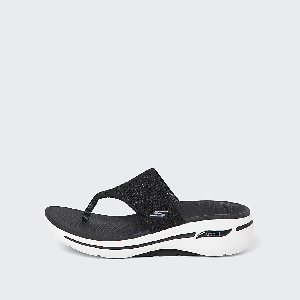 Skechers black flip flop trainers