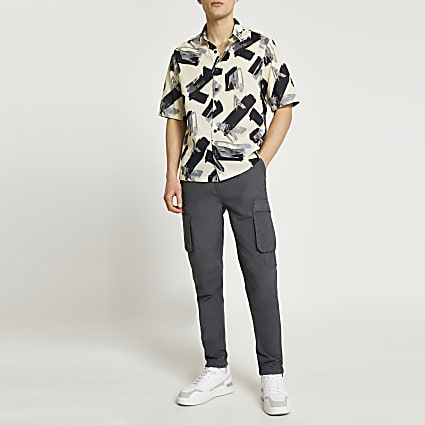 Stone paint stroke print short sleeve shirt