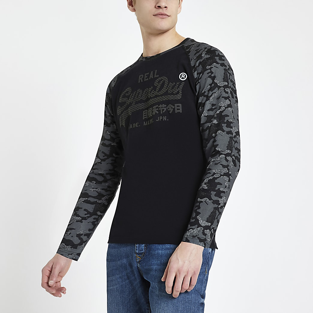 Superdry - Zwart vintage T-shirt met logo en camouflageprint