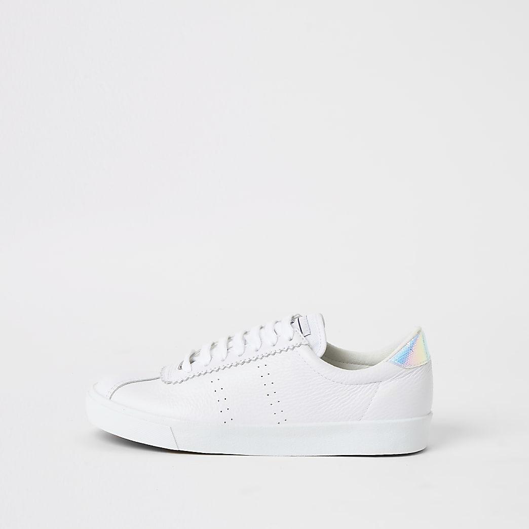 Superga – Baskets en cuir blanches à lacets