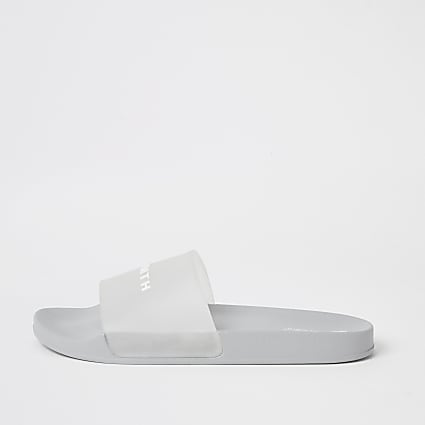 SVNTH light grey translucent sliders