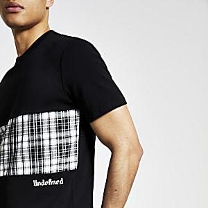 Undefined– T-shirt noir à carreaux colour block