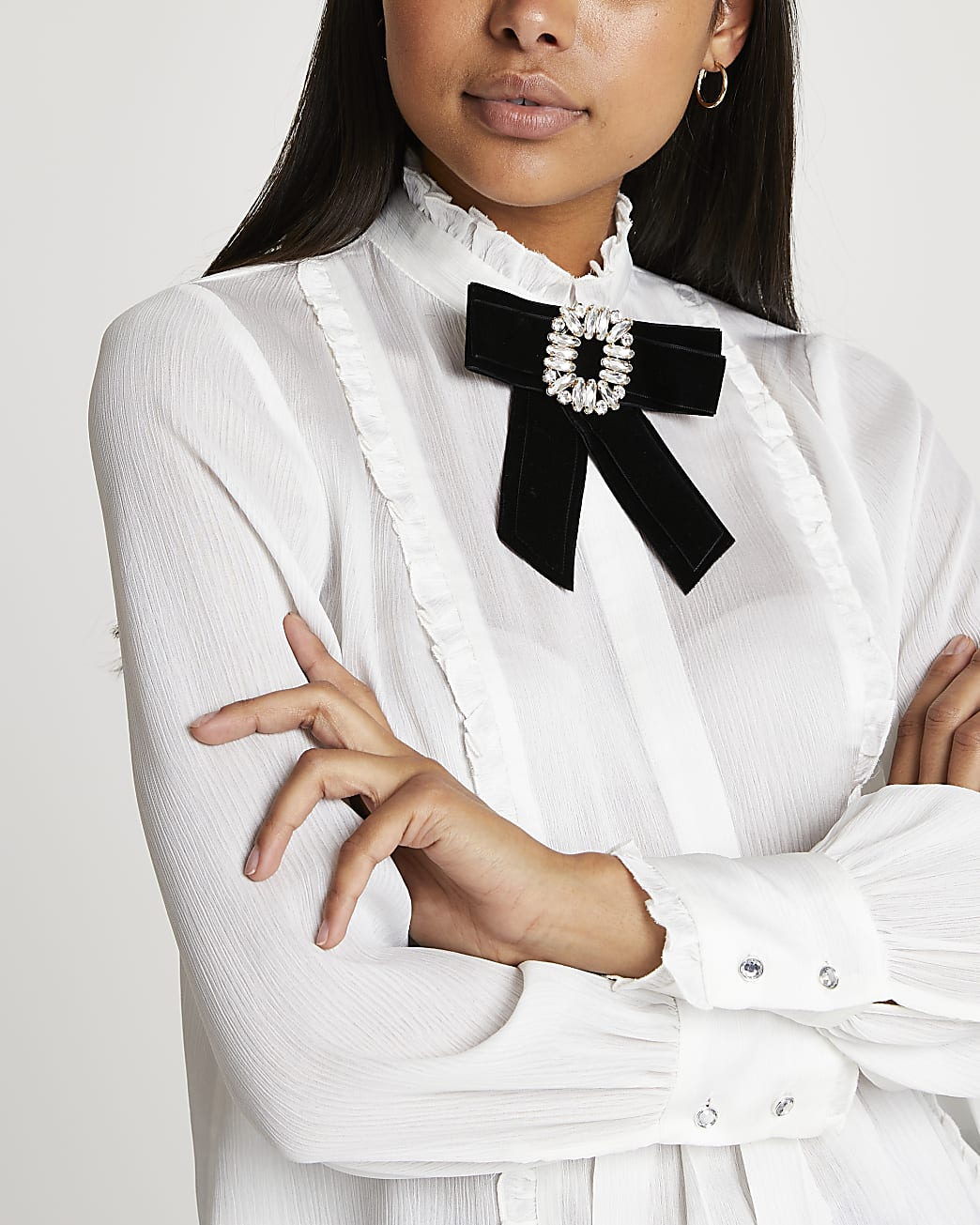 White bow brooch collared blouse top