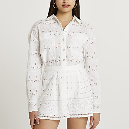 White broidery shorts