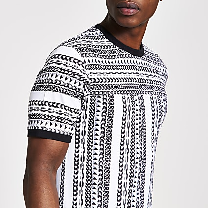 White chain printed slim fit T-shirt