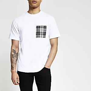 Wit slim-fit T-shirt met geruite print op borstzakje