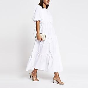 Witte gesmokte midi-jurk met gekruisde strik achter