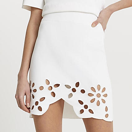 White cut work floral mini skirt