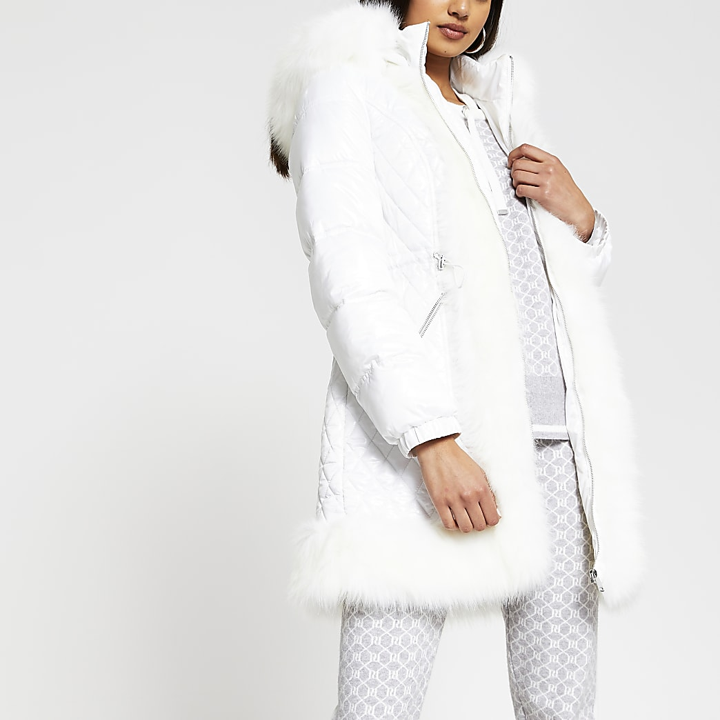 White faux fur trim quilted coat
