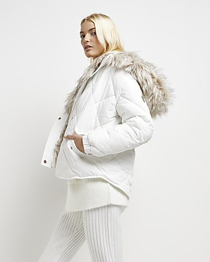 White faux fur trim quilted puffer coat