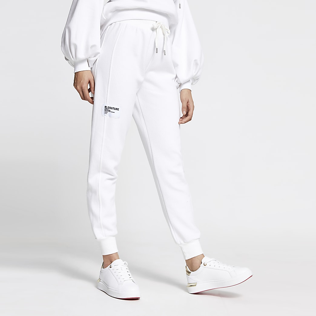 White fleece jogger