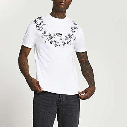 White floral graphic print crew neck t-shirt