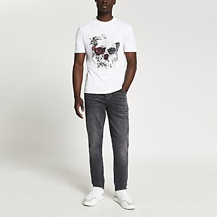 White floral skull t-shirt