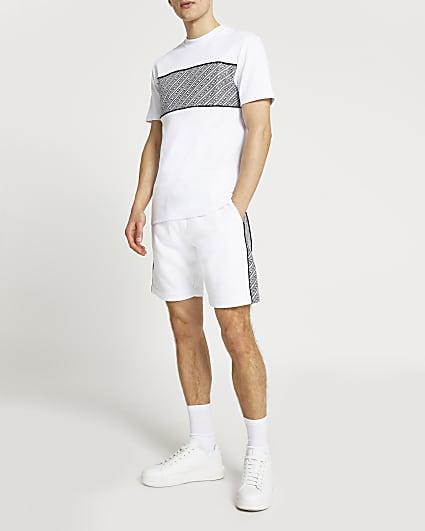 White Greek print t-shirt and shorts set