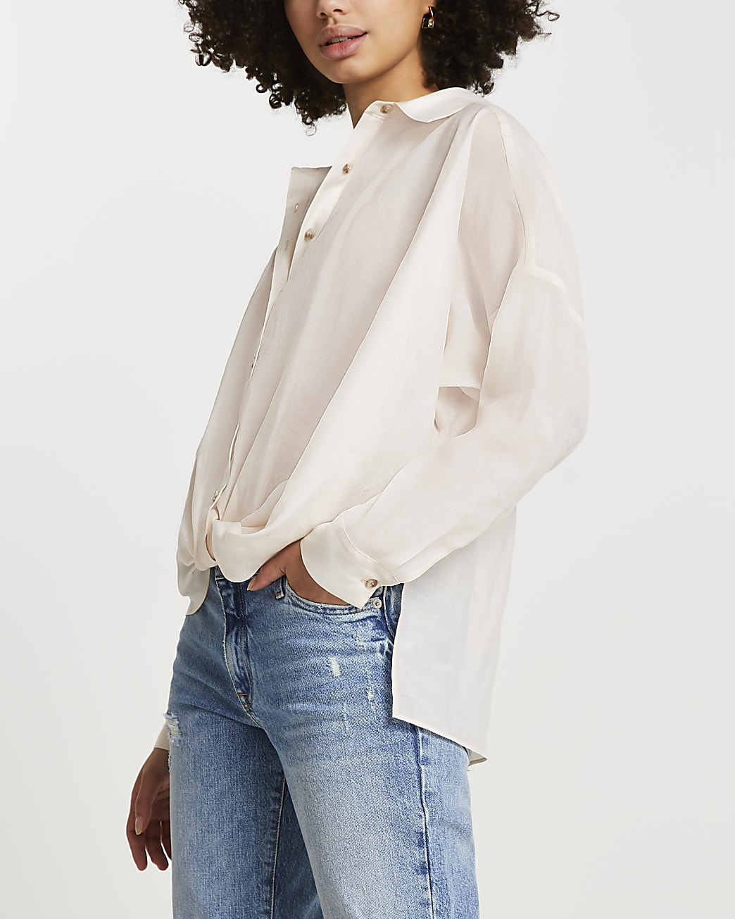 White knot front long sleeve shirt