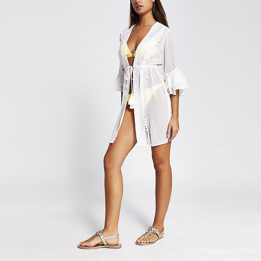 White lace embroidered beach kaftan