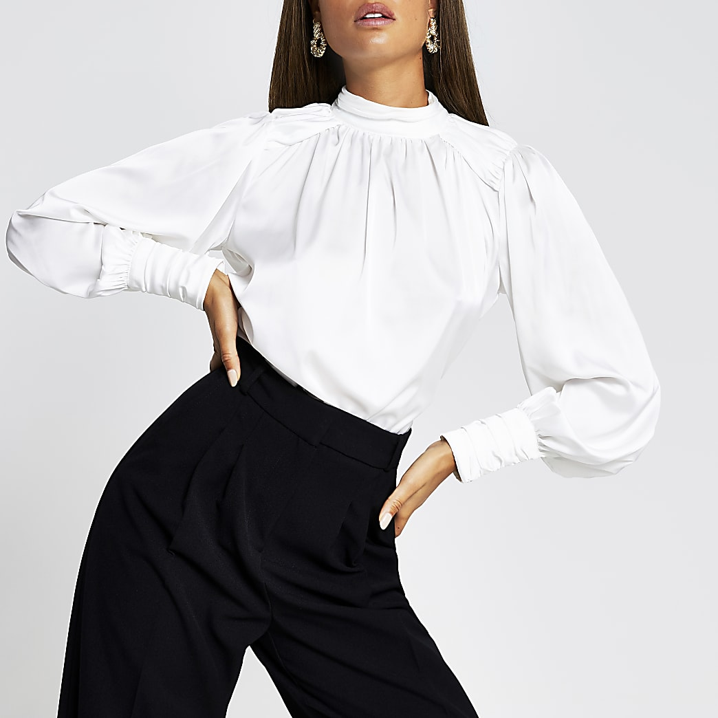 White long sleeve ruched shoulder top