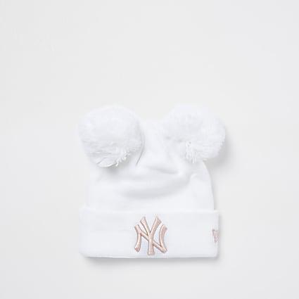 White NY pom pom beanie hat