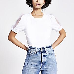 Wit T-shirt met organza pofmouwen