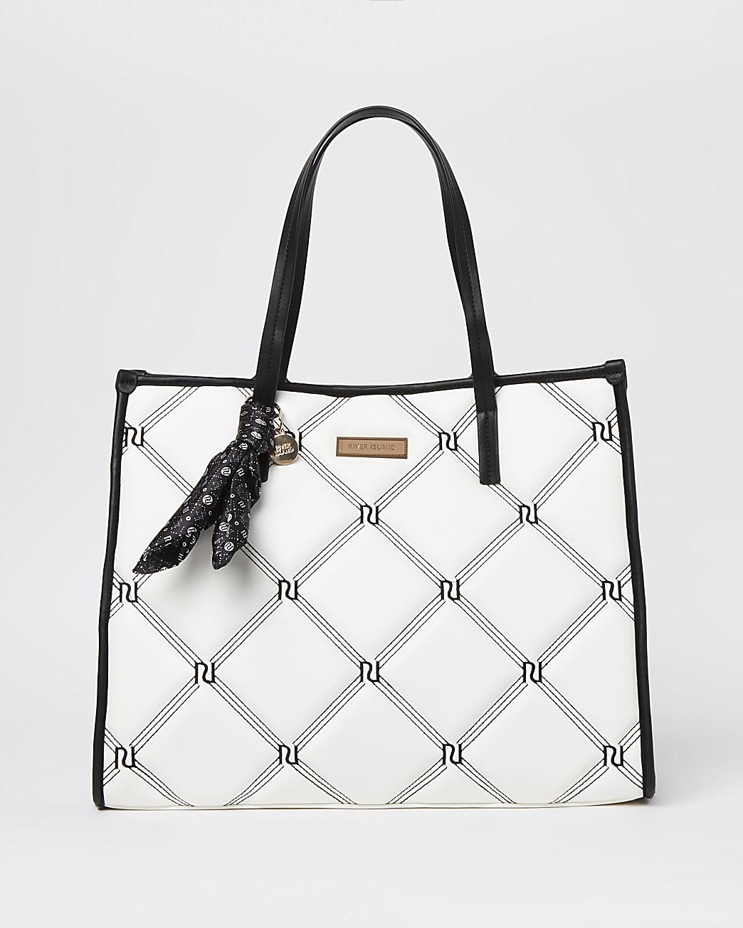 White padded embroidered shopper bag