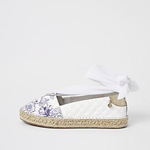Witteespadrille met paisley print en striksluiting