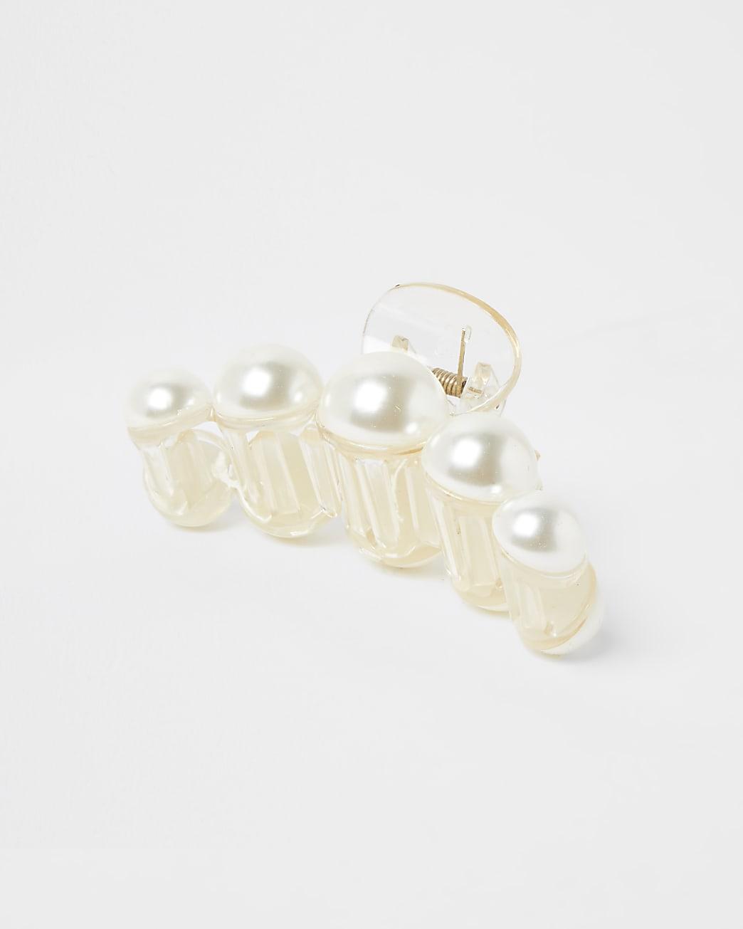 White pearl detail hair clip