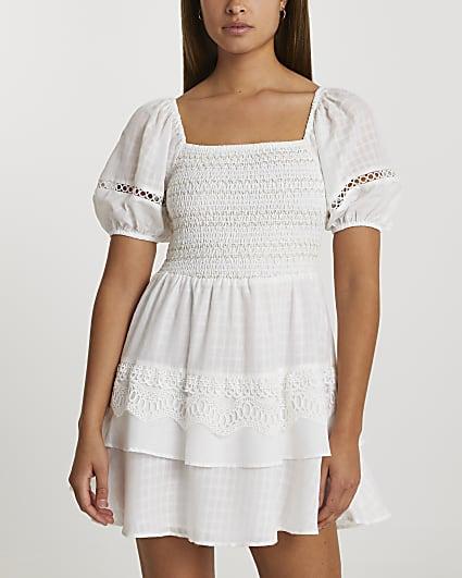White puff sleeve check mini beach dress