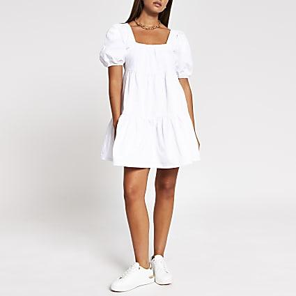 White puff sleeve smock Dress