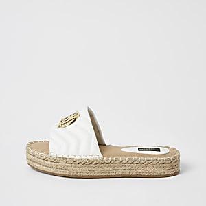 Witte doorgestikte wide fit espadrille-sandalen met RI-embleem