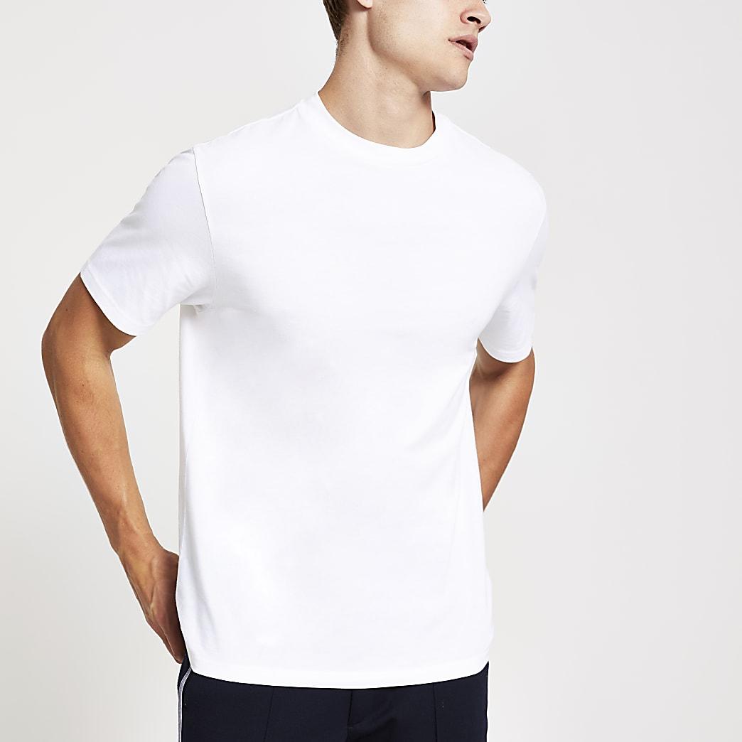 Wit T-shirt met standaard pasvorm en korte mouwen