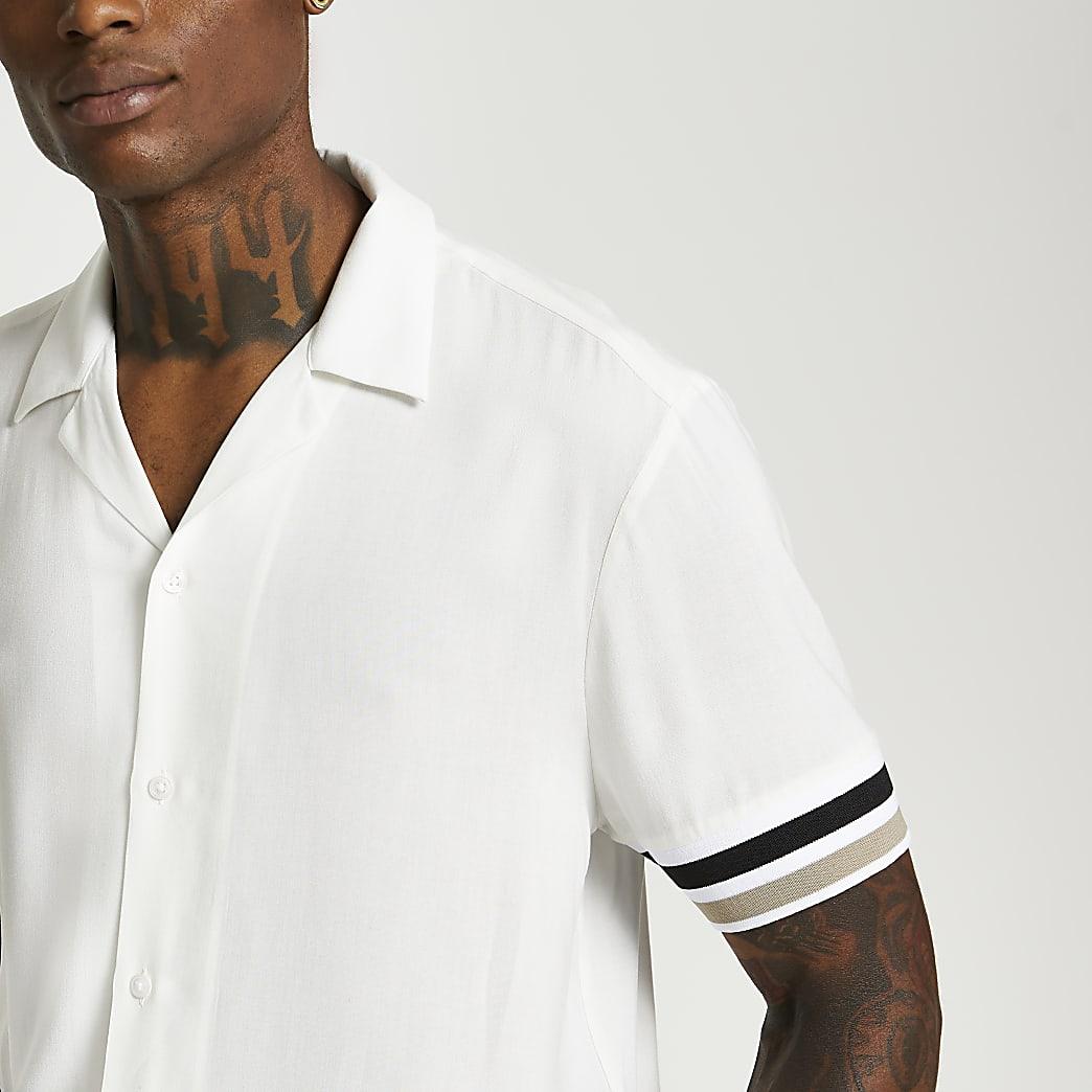 White resort revere short sleeve shirt
