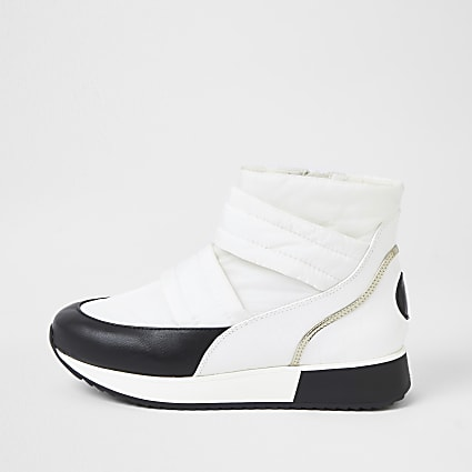 White RI padded ski boots