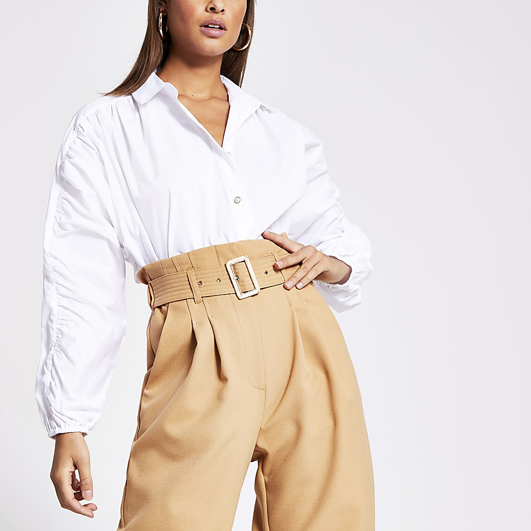 White ruched sleeve shirt