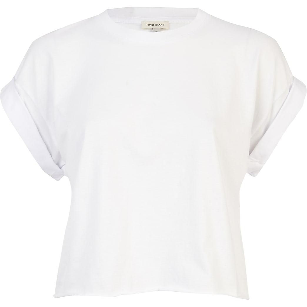 White short sleeve boxy cropped t-shirt