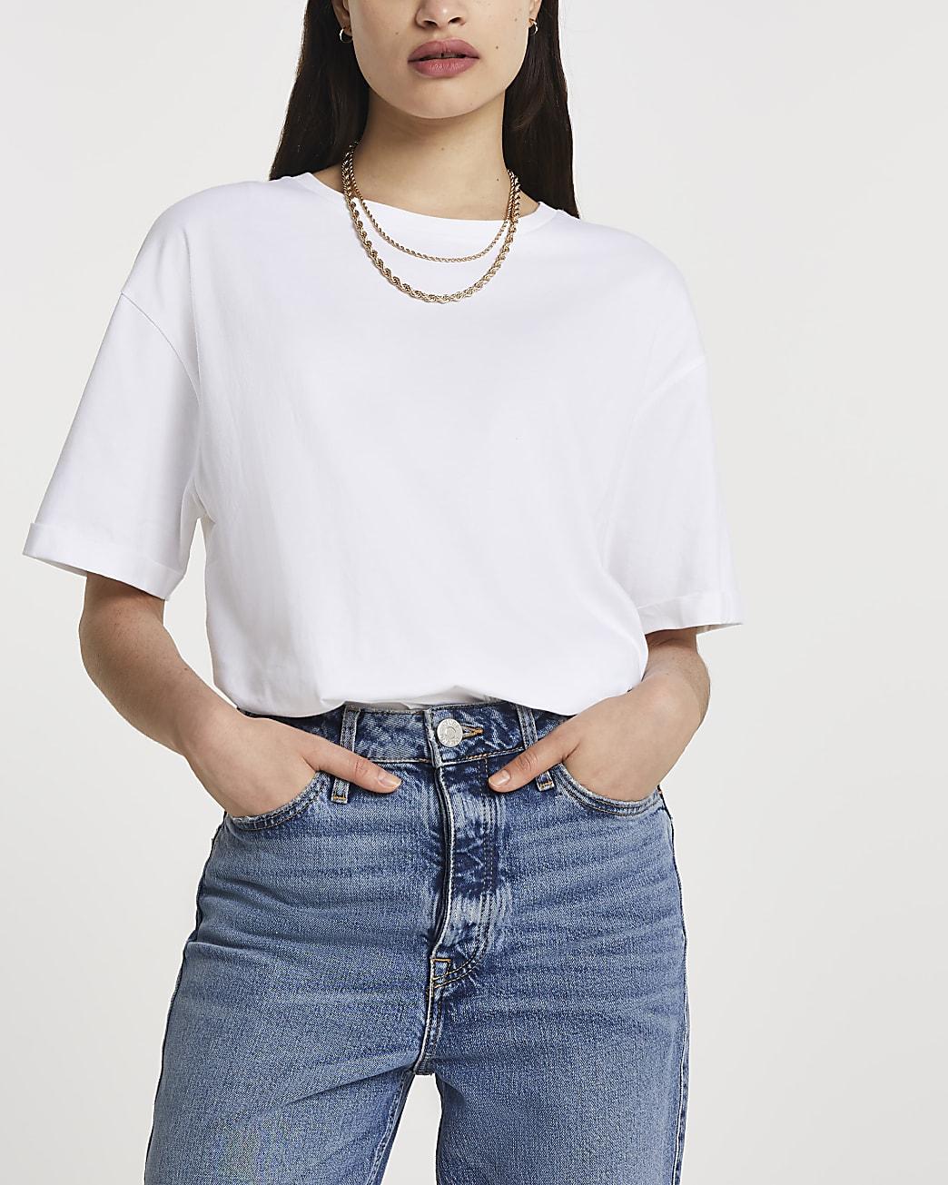 White short sleeve boyfriend t-shirt
